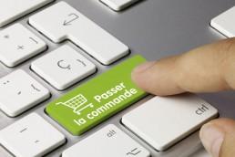 Les internautes achètent de plus en plus en ligne